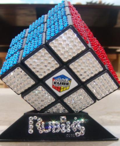 Rubik cub cu Swarovski