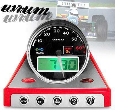 Ceas cu alarmă pentru iubitorii automobilismului