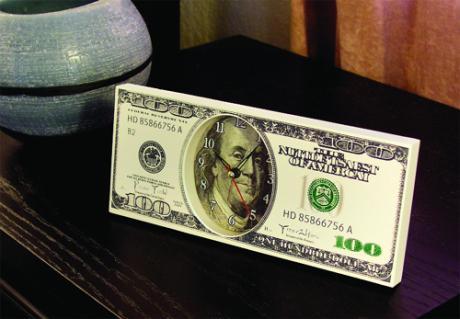 ceasul din dolari