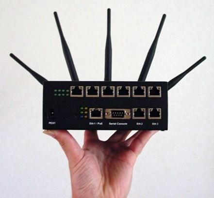 Router facut de hackeri pentru hackeri
