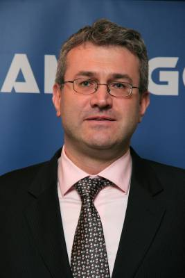Dragoş Simion