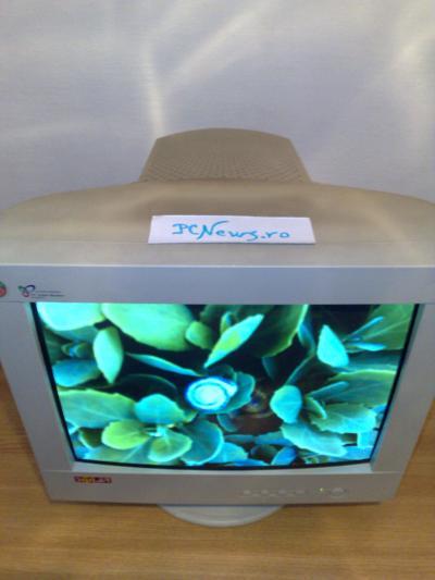 Monitor CRT - Crescatorie de melci