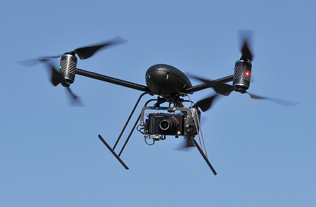 Drona Draganflyer X6