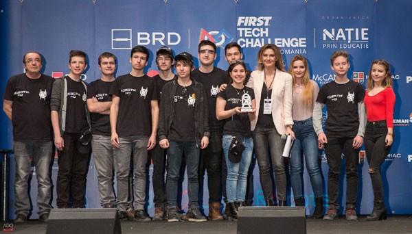 Echipa RobotX Hunedoara de la Colegiul Național de Informatică Traian Lalescu