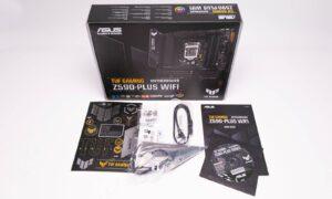 Conținutul cutiei plăcii de bază ASUS TUF Gaming Z590-PLUS WIFI