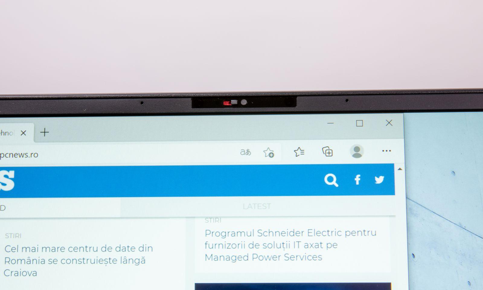 Webcam cu IR și filtru pentru intimitate